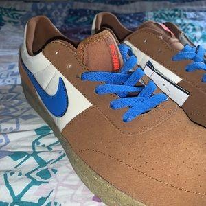 Nike Sb low classic new